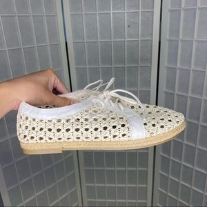 Mooloola Eyelet Loafers Flats Closed Toe Lace Tie Up Size 9